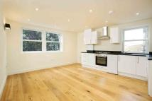 Goldhawk Road Flat to rent