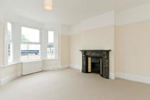 Flat to rent in Bollo Bridge Road, Acton...