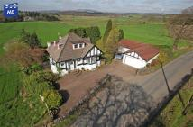 5 bed Detached property for sale in Braeside Craigmaddie...