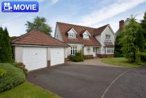 4 bed Detached Villa in 22 Darluith Park...