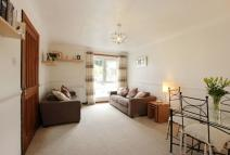 Flat in 57 Kings Crescent...