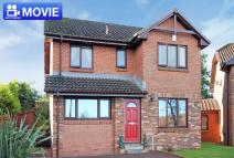 4 bed Detached house in 45 Linister Crescent...