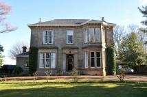 4 bed Detached Villa in Parkwoodhill...