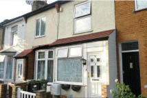 2 bed Terraced property in Wedderburn Road, Barking