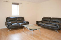Apartment to rent in Admiral Court, Barking