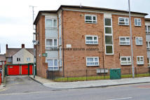 1 bed Ground Flat to rent in Ripple Court, Ripple Rd...