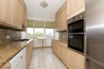 4 bedroom Apartment to rent in Hyde Park Crescent Hyde...
