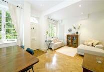 3 bedroom Mews in Albion Mews, Hyde Park...