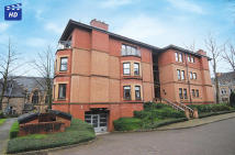 2 bed Flat for sale in 11 Westside Gardens...
