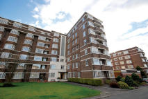 4 bed Flat for sale in 41 Kelvin Court...