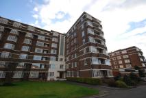3 bed Apartment for sale in 41 Kelvin Court...