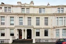 3 bed Flat for sale in 6 Royal Crescent...