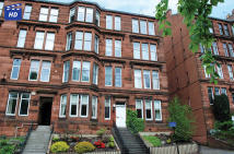 3 bed Flat for sale in 64 Clarence Drive...