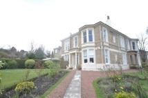 5 bedroom semi detached property in 19 Aytoun Road...