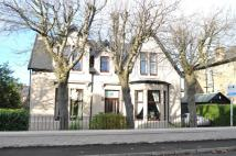 Detached Villa for sale in 39 Holmhead Road...