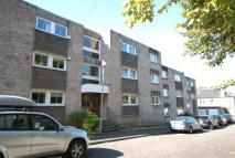 3 bedroom Ground Flat in Apt 0/2...