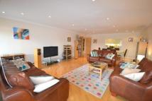 Apartment to rent in Springalls Wharf SE16