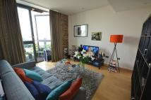 Flat to rent in Tea Trade Wharf, 26...