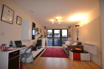 Flat to rent in Weightman House, 124a...