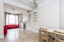 Terraced property to rent in Jedburgh Street, London
