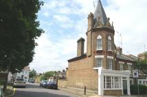 property to rent in Grayshott Road, London