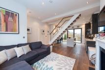 3 bed Terraced house to rent in Sherbrooke Road, Fulham...