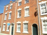 Town House to rent in King Street, Chester...