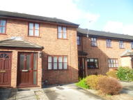 Town House to rent in Hilltop Close, Ewloe...