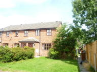 2 bedroom Mews to rent in Hilltop Close, Ewloe...