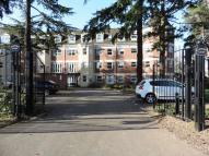 2 bed Apartment in Heathcote Road...