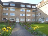 Flat to rent in Linden Grove, New Malden