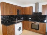 Flat to rent in Coombe Road, New Malden