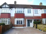 4 bed Terraced property to rent in Byron Avenue, New Malden