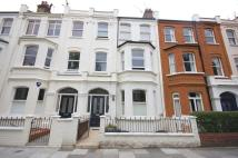 Flat in Rostrevor Road, Fulham...