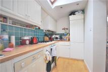 Flat to rent in Gowan Avenue, Fulham...