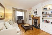 3 bed Terraced house to rent in Brookville Road, Fulham...