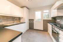 2 bedroom Flat in Casewick Road, SE27