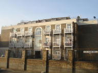 Ground Flat in Upton Lane, London, E7