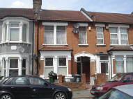 2 bedroom Ground Maisonette in Pearcroft Road, London...