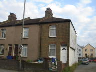 3 bed End of Terrace property for sale in London Road...