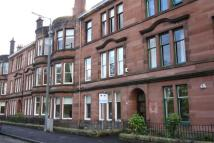 4 bed Flat in 107 Fotheringay Rd...