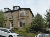 4 bedroom Flat to rent in 17b Ledard Road, Langside