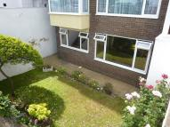 2 bed Flat in South Cliff, Eastbourne...