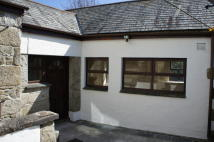 Semi-Detached Bungalow to rent in Penryn