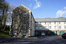 Ground Flat to rent in Yew Tree Court...