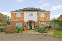 4 bedroom Detached property in Abbots Place, Borehamwood