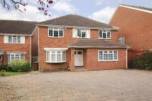 5 bedroom property in Hadley Close, Elstree