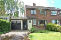 3 bed property in Furzehill Road...