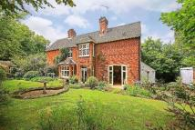 5 bedroom property in Barnet Lane, Elstree