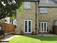 3 bed semi detached house in Ware Road, Hertford, SG13